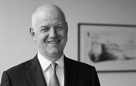 Dr. Carsten A. Schapmann