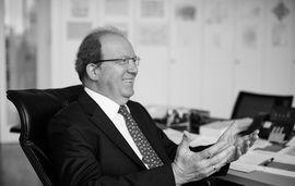 Dr. Stefan Richter