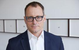 Dr. Henning Bälz
