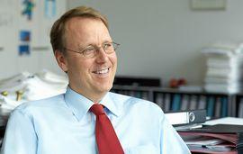 Dr. Thorsten Mäger